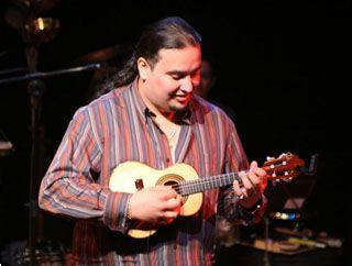 Instrumentista e compositor Julião Boêmio apresenta primeiro CD no SESC Pompéia Eventos BaresSP 570x300 imagem
