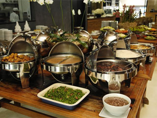 Restaurante Madre abre aos sábados com feijoada e buffet de caipirinhas Eventos BaresSP 570x300 imagem