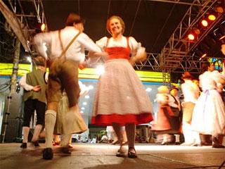 Maifest 2010 nas ruas do Brooklin Eventos BaresSP 570x300 imagem