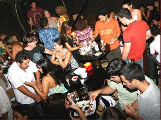 Festa de Final de Ano no Maori Bar & Lounge promete agitar os paulistanos na próxima semana Eventos BaresSP 570x300 imagem