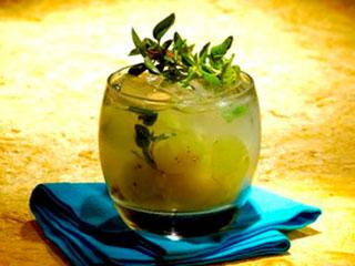 Bares e Restaurantes recebem gratuitamente uma carta de cocktails exclusiva com os licores Marie Brizard  Eventos BaresSP 570x300 imagem