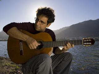Mario Adnet lança CD com leituras jazzística de obras de Tom Jobim no Auditório Ibirapuera Eventos BaresSP 570x300 imagem