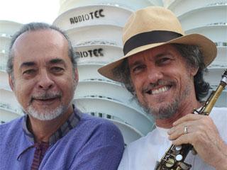 É hoje, Gilson Peranzzetta entre amigos no SESC Pinheiros em São Paulo Eventos BaresSP 570x300 imagem