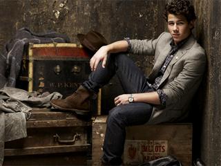 Nick Jonas (Jonas Brothers) & The Adminstration apresenta show no palco da VIa Funchal Eventos BaresSP 570x300 imagem