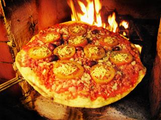 Mágico, presentes e ação beneficente é o que o Chalé Pizza Wine Bar promete para o Dia das Crianças Eventos BaresSP 570x300 imagem