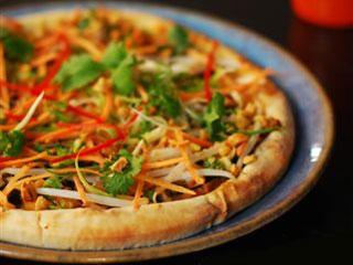 East Restaurante comemora Dia da Pizza Eventos BaresSP 570x300 imagem