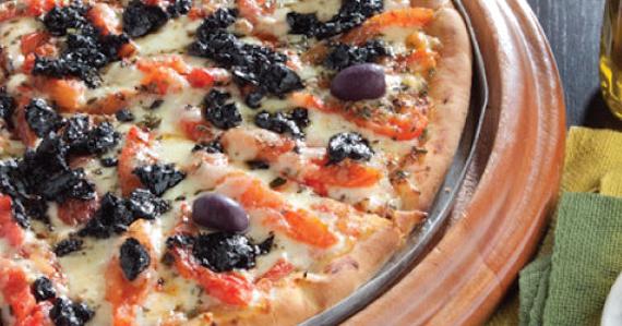 Pizzaria Família Presto oferece pizzas gourmet com sabores exóticos Eventos BaresSP 570x300 imagem