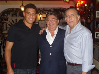 Ronaldo tem jantar light na Lellis Trattoria Eventos BaresSP 570x300 imagem