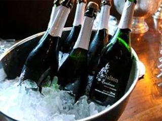 Vinícola Salton dá dicas de como harmonizar vinhos e espumantes com a ceia natalina Eventos BaresSP 570x300 imagem
