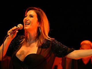 Banda Sinfônica e Zizi Possi apresentam-se no Auditório Ibirapuera Eventos BaresSP 570x300 imagem