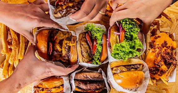 Santana ganha à nova Burger Match com empório e Refil de Bebidas Eventos BaresSP 570x300 imagem