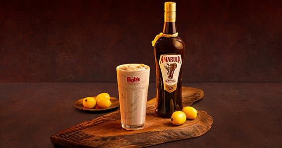 Bob's lança novo Milk Shake sabor Amarula para todo o Brasil Eventos BaresSP 570x300 imagem