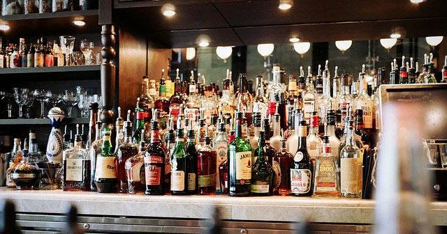 Debate sobre reforma tributária tem a intenção de reduzir o mercado ilegal de bebidas alcoólicas Eventos BaresSP 570x300 imagem