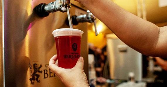 Berggren lança cerveja limitada com abacaxi e hibiscus Eventos BaresSP 570x300 imagem