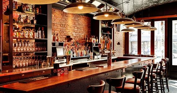 Contrato aluguel e documentação no bar e restaurante Eventos BaresSP 570x300 imagem