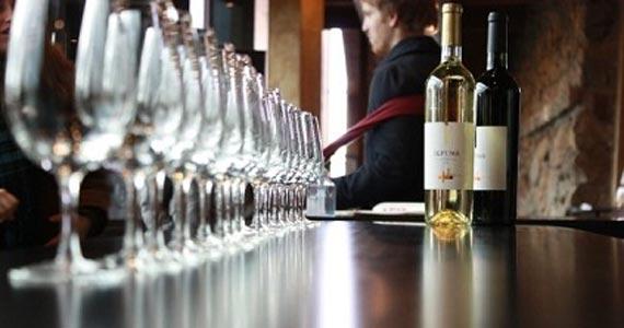 Por que preciso do curso de sommelier para lidar com vinhos? Eventos BaresSP 570x300 imagem