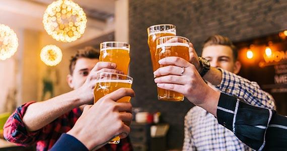Dia do Amigo: bares e restaurantes de São Paulo criam ações para comemorar a data Eventos BaresSP 570x300 imagem