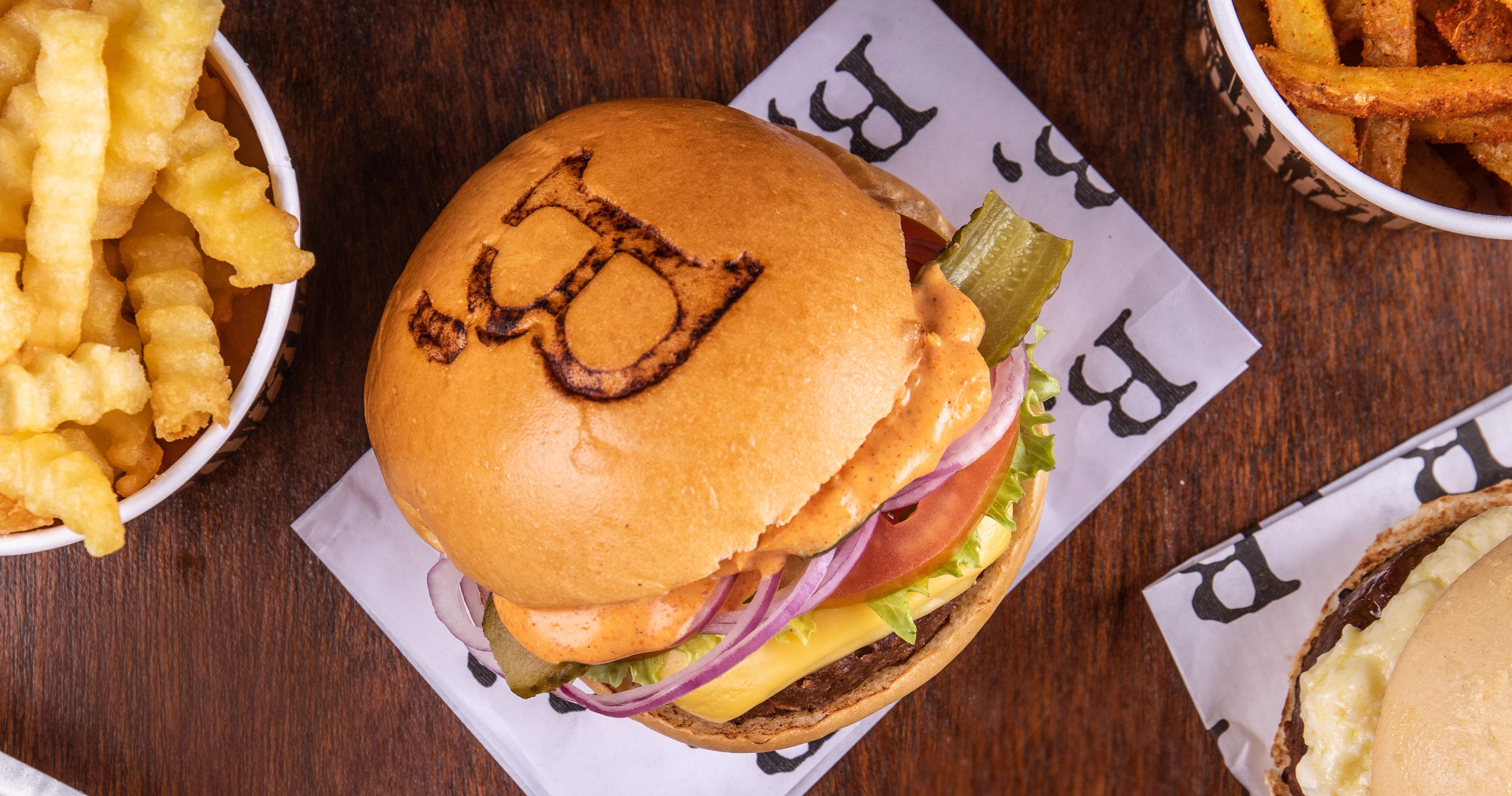 Hack The Vegetarian Butcher chega ao Brasil com ação especial em São Paulo e no Rio de Janeiro  Eventos BaresSP 570x300 imagem