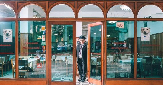 Campanha tenta impedir fechamento de restaurante tradicional do centro de São Paulo Eventos BaresSP 570x300 imagem