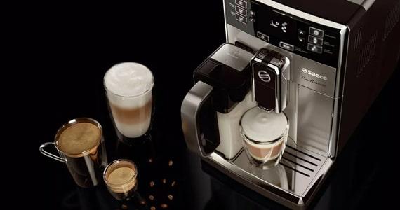 Máquina de café super automática