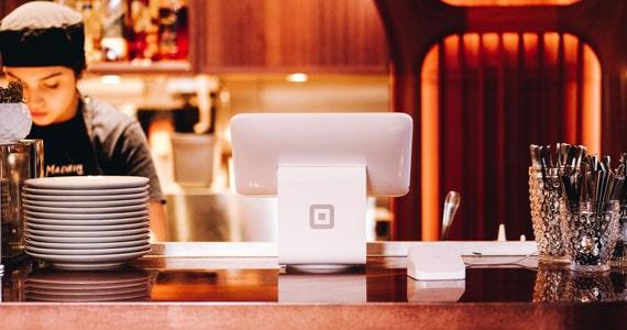 Saída de recursos financeiros no bar e restaurante Eventos BaresSP 570x300 imagem