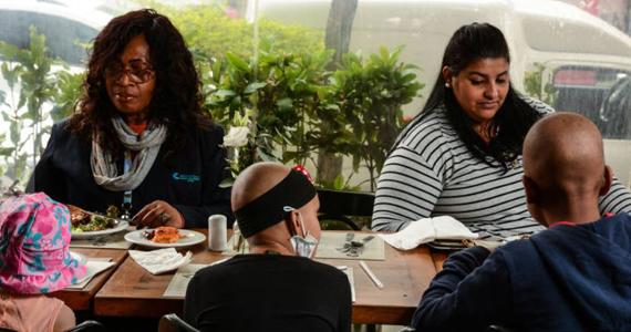 Restaurante na Oscar Freire oferece bufê de graça para crianças com câncer Eventos BaresSP 570x300 imagem