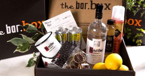 """Diageo apresenta """"TheBar.Box"""" para criação de drinks em casa Eventos BaresSP 570x300 imagem"""