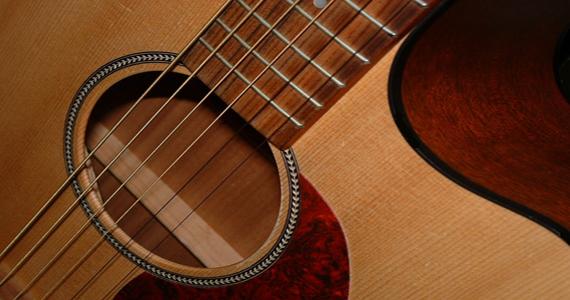 Genoveva embala a noite com os hits do sertanejo & country  Eventos BaresSP 570x300 imagem