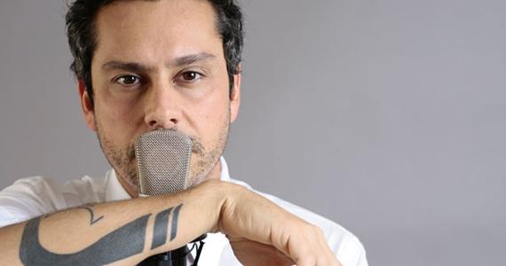 Alexandre Nero, o Baltazar de Fina Estampa, apresenta show de seu terceiro disco Vendo Amor no Tom Jazz Eventos BaresSP 570x300 imagem