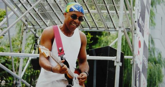 Apresentação de Augusto Swing e convidados no palco do Barnaldo Lucrécia Eventos BaresSP 570x300 imagem