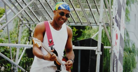 Augusto Swing realiza show no palco do Diquinta Eventos BaresSP 570x300 imagem