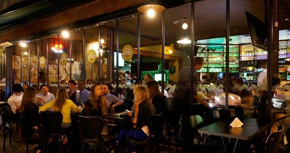 Bar Aurora realiza Festa de Natal Pós Ceia com Rodrigo Reys e convidados Eventos BaresSP 570x300 imagem