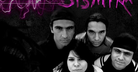 Apresentação da banda Sismika no palco do The K. Pub Eventos BaresSP 570x300 imagem