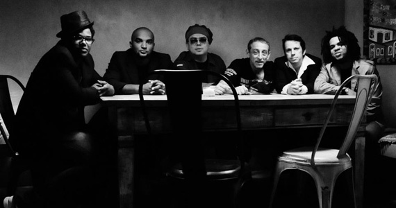 Banda Funk Brasil realiza show no restaurante Extravirgen Eventos BaresSP 570x300 imagem