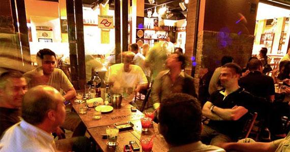 Bar do Jô oferece happy hour completo com vários tipos de aperitivos    Eventos BaresSP 570x300 imagem
