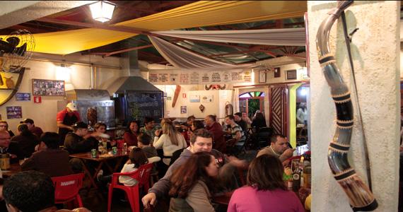 Sábado com música ao vivo e pratos nordestinos no Bar dos Cornos Eventos BaresSP 570x300 imagem