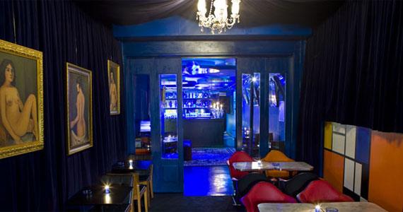 Sexta-feira tem festa Dancing Machine no Blue Velvet Eventos BaresSP 570x300 imagem