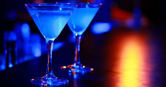 Blue Velvet tem noite dançante com a festa Dancing Machine Eventos BaresSP 570x300 imagem