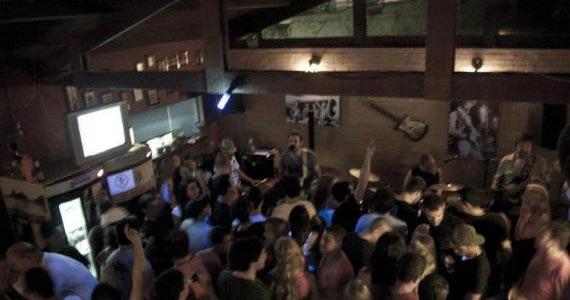 Blues on The Rocks recebe o show da banda Squalo na segunda Eventos BaresSP 570x300 imagem