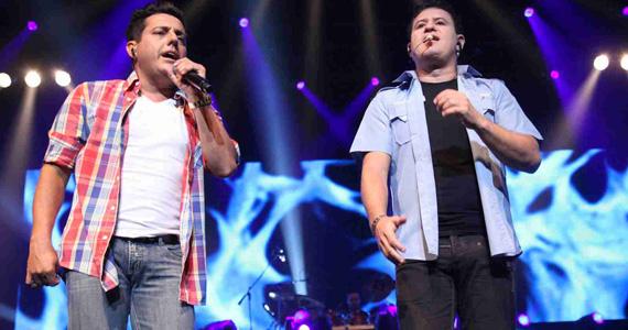 Bruno & Marrone apresentam a turnê Pela porta da Frente no Credicard Hall Eventos BaresSP 570x300 imagem