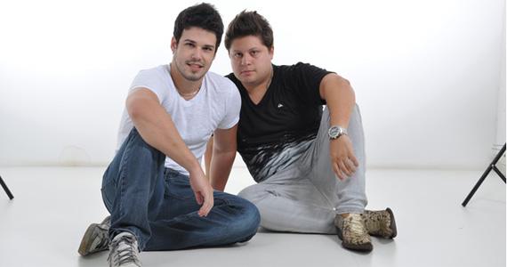 Bruno di Marco & Christiano e Andre & Kadu agitam noite de sábado do Villa Mix Eventos BaresSP 570x300 imagem