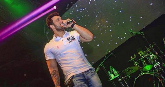 Avenue Club recebe o show do cantor Bruno Cesar animando a noite Eventos BaresSP 570x300 imagem