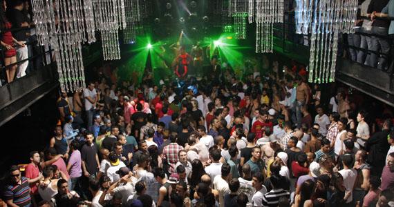 Bubu Lounge Disco recebe a Festa Totos! Solidária no domingo edição Merry Christmas Eventos BaresSP 570x300 imagem