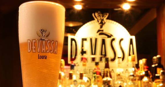 Domingo animado no Bar Devassa de Moema com cervejas Devassas geladas Eventos BaresSP 570x300 imagem