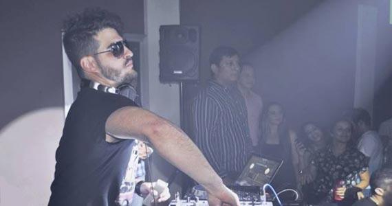 Fabrica Mix apresenta DJ Harlen Barreto e convidados animam a noite Eventos BaresSP 570x300 imagem