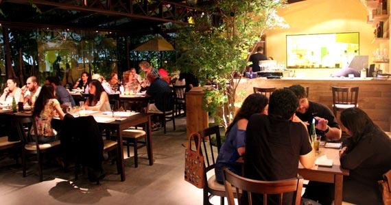 Restaurante Ecully oferece pratos típicos da culinária contemporânea Eventos BaresSP 570x300 imagem