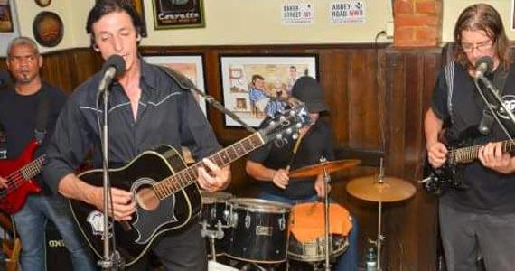 Banda Ekol's comanda a noite com muito pop rock no Bar Birô Eventos BaresSP 570x300 imagem