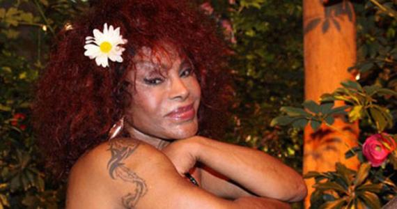 A cantora Mara Nascimento homenageia Elza Soares no restaurante Extravirgen Eventos BaresSP 570x300 imagem