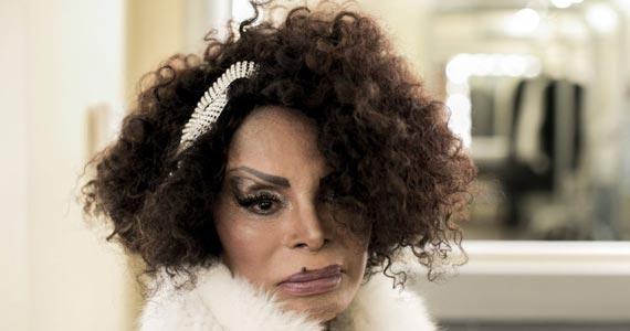 Elza Soares apresenta o show A Mulher do Fim do Mundo no palco do Teatro do Sesc Pinheiros Eventos BaresSP 570x300 imagem