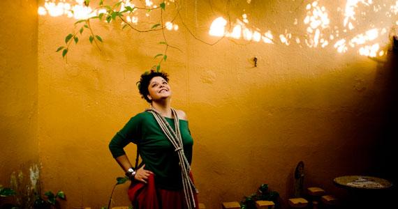 Fabiana Cozza canta Clara Nunes no Sesc Vila Mariana Eventos BaresSP 570x300 imagem
